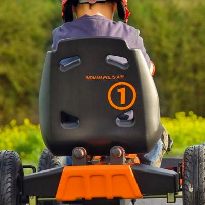 alquiler-de-karts-guarderia-de-niños